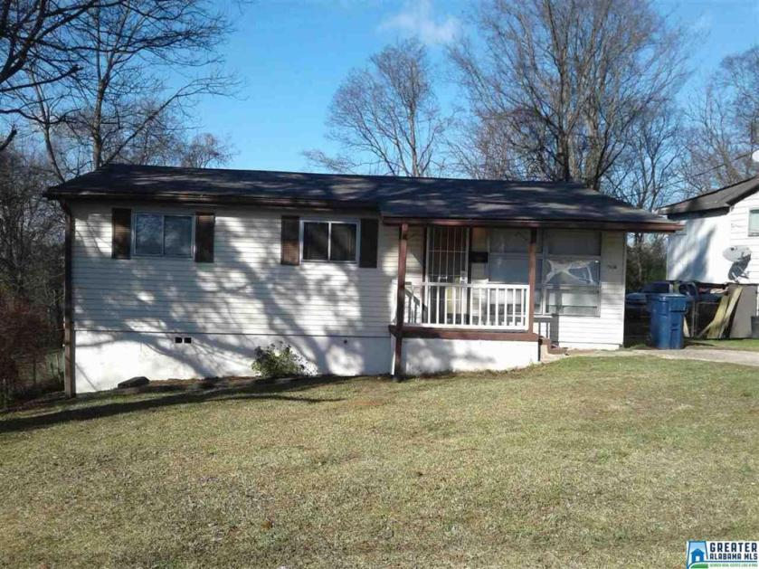 Property for sale at 2142 Hill Dr, Tarrant,  Alabama 35217