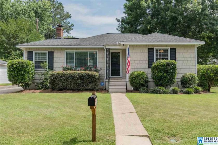 Property for sale at 249 Montgomery Ln, Homewood,  Alabama 35209