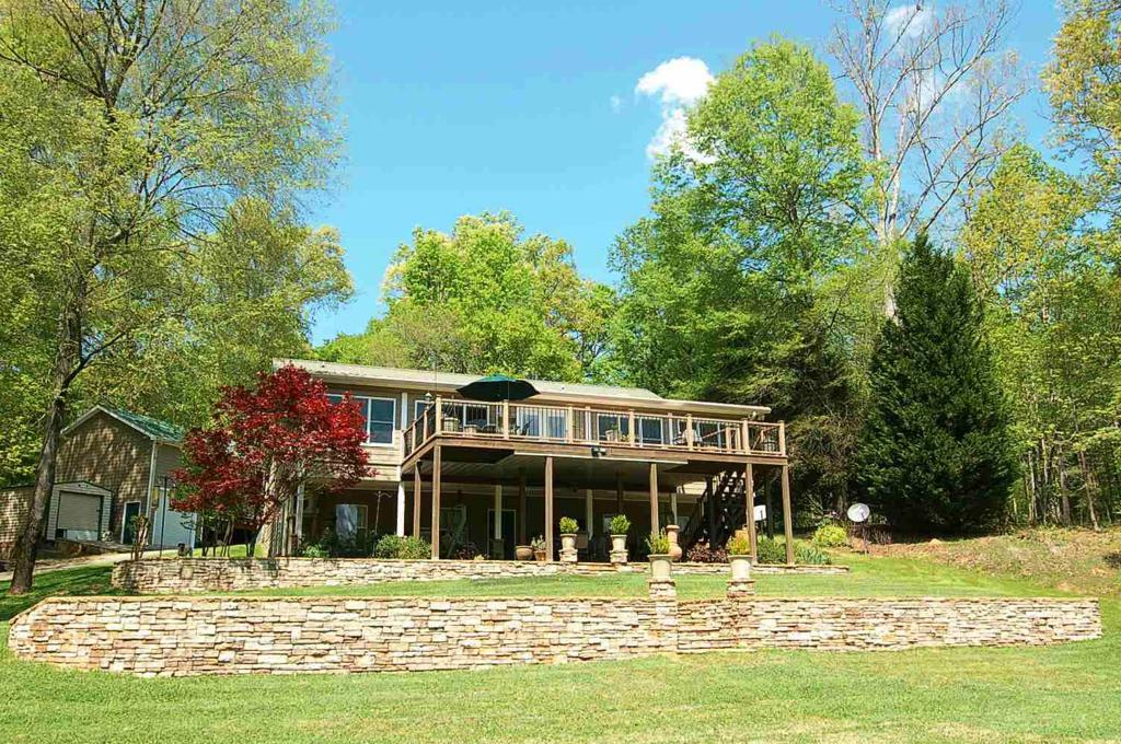 Property for sale at 1060 APALACHEE WAY, Buckhead,  Georgia 30625