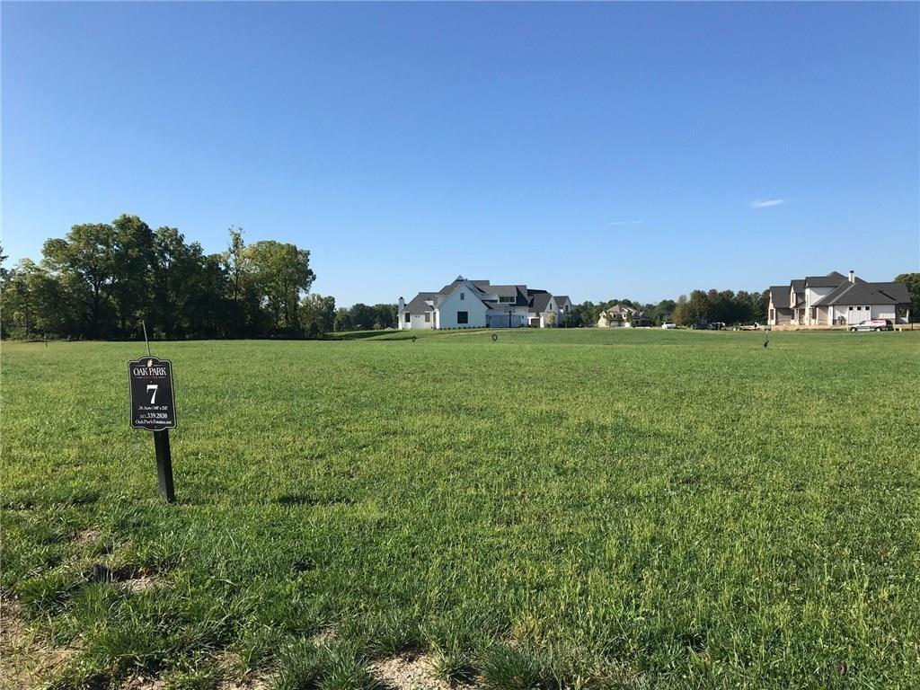 Property for sale at 15950 Oak Park Lane, Westfield,  Indiana 46074