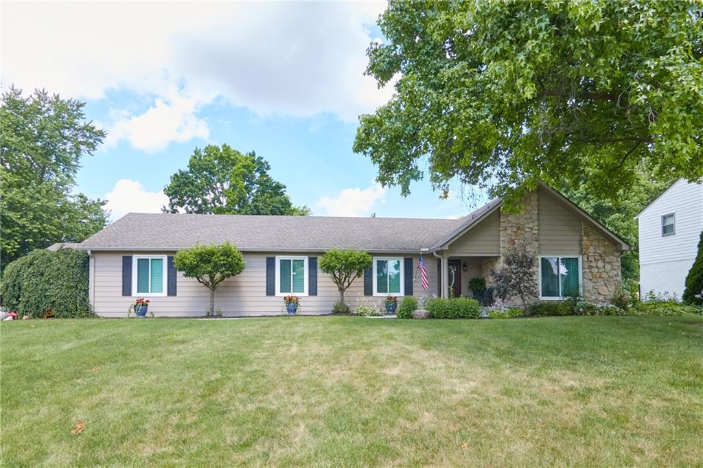 Property for sale at 10714 Braewick Drive, Carmel,  Indiana 46033