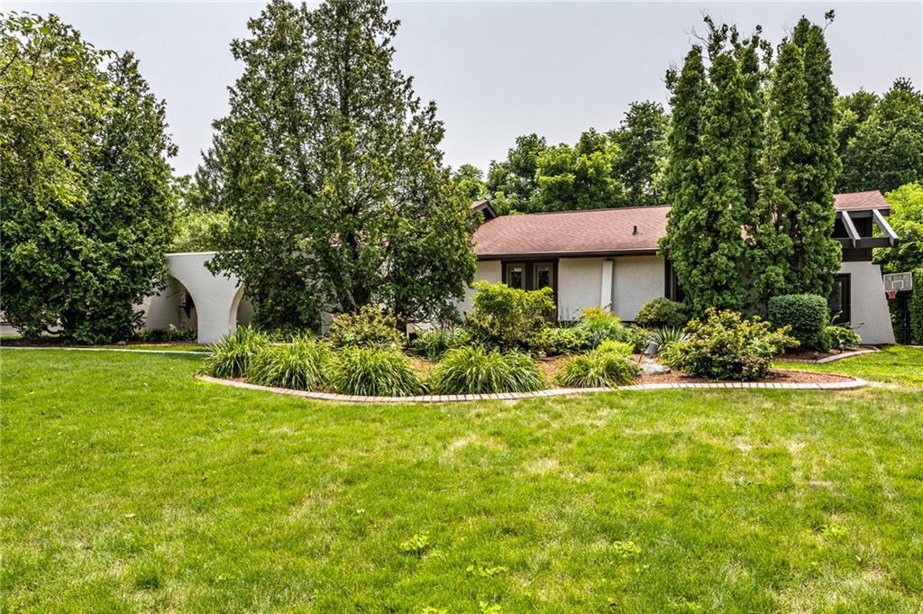 Property for sale at 107 Lake Vista Drive, Fishers,  Indiana 46038
