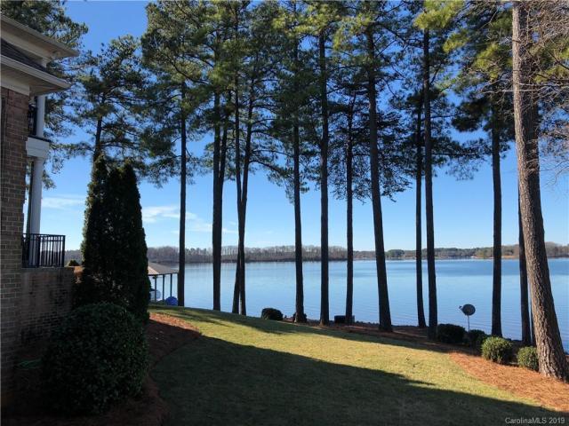 Property for sale at 498 Bay Harbour Road Unit: 4625263896, Mooresville,  North Carolina 28117