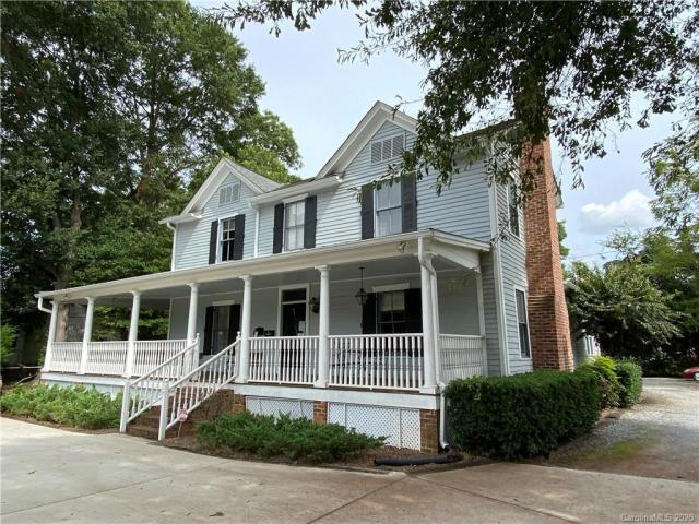 Property for sale at 16 Oak Grove Street, Mount Holly,  North Carolina 28120