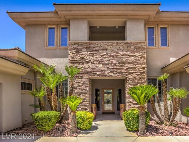 Property for sale at 24 La Crosse Court, Henderson,  Nevada 89052