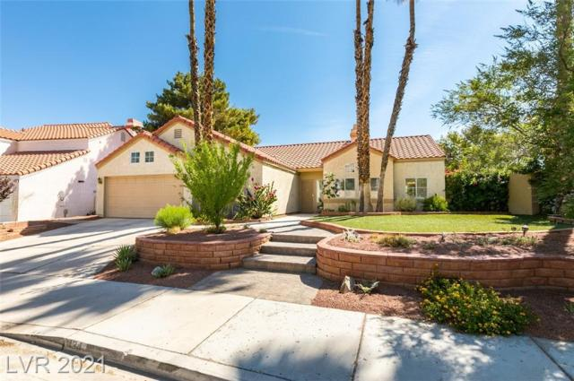 Property for sale at 434 Lost Trail Drive, Henderson,  Nevada 89014