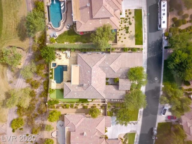 Property for sale at 16 Wade Hampton Trail, Henderson,  Nevada 89052