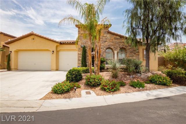 Property for sale at 7822 Bear Ridge Street, Las Vegas,  Nevada 89113