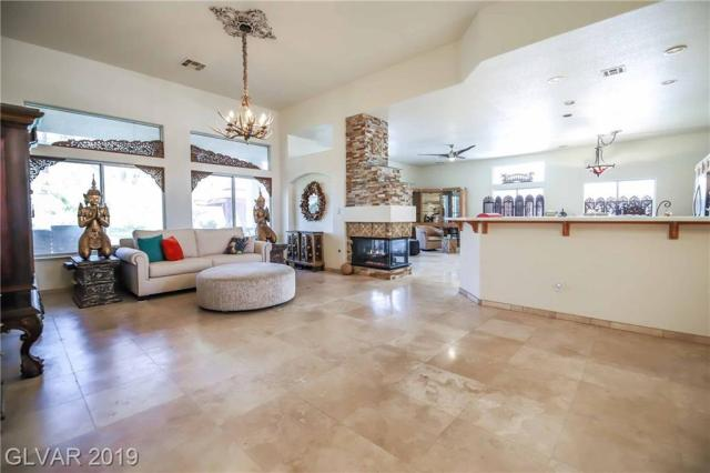 Property for sale at 2153 Wilbanks Circle, Henderson,  Nevada 89012