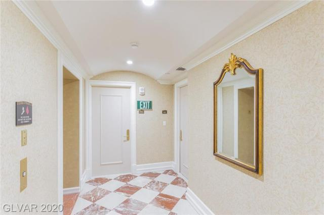 Property for sale at 2857 Paradise Road Unit: 403, Las Vegas,  Nevada 89109