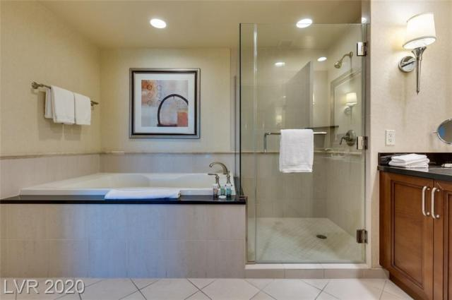 Property for sale at 135 E HARMON Avenue 2718, Las Vegas,  Nevada 89109