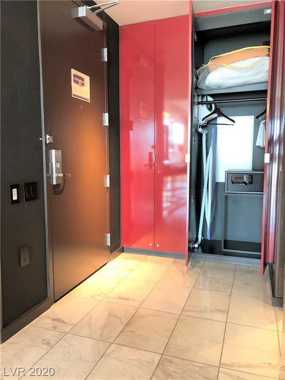 Property for sale at 4381 Flamingo 52303, Las Vegas,  Nevada 89103