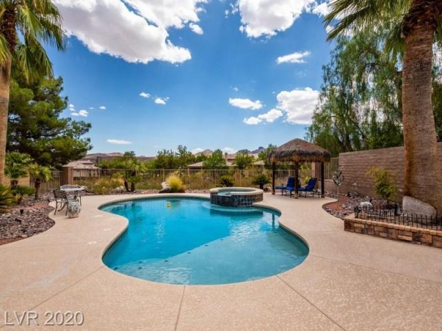 Property for sale at 75 FOUNTAINHEAD Circle, Henderson,  Nevada 89052
