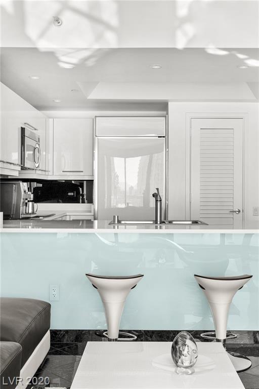 Property for sale at 222 Karen Avenue 3004, Las Vegas,  Nevada 89109
