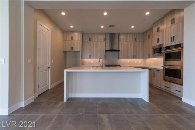 Property for sale at 11280 Granite Ridge Drive 1031, Las Vegas,  Nevada 89135