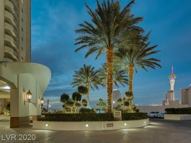 Property for sale at 2747 Paradise Road 1203, Las Vegas,  Nevada 89109