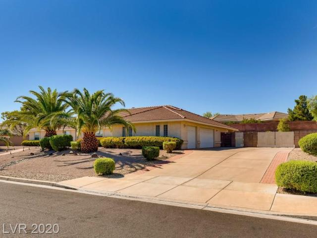 Property for sale at 261 E Country Club Drive, Henderson,  Nevada 89015