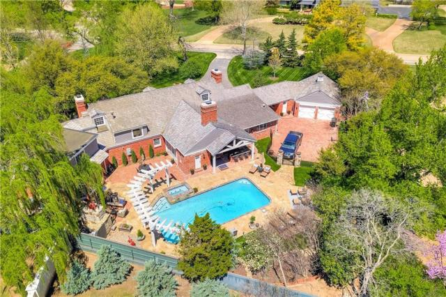 Property for sale at 7007 Nichols Road, Nichols Hills,  Oklahoma 73116