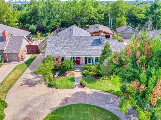 Property for sale at 1714 Windsor Place, Nichols Hills,  Oklahoma 73116