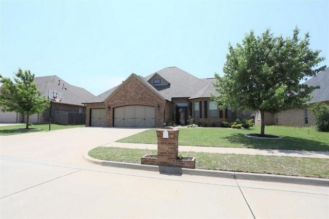 Property for sale at 820 Justin Drive, Yukon,  Oklahoma 73099