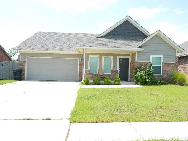 Property for sale at 682 SW 12TH Street, Moore,  Oklahoma 73160