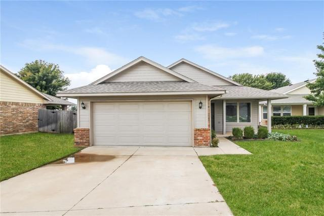 Property for sale at 1601 Eagle Drive, Moore,  Oklahoma 73160