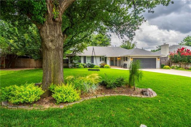 Property for sale at 1722 Coventry Lane, Nichols Hills,  Oklahoma 73120