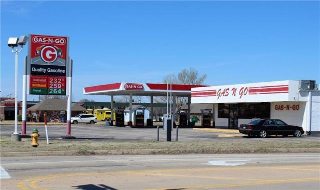 Property for sale at 357 W State Highway 152 Highway, Mustang,  Oklahoma 73064