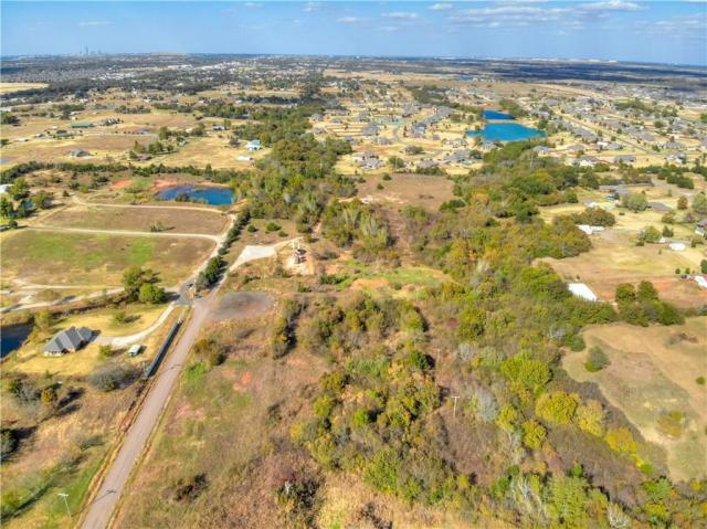 Property for sale at 1907 Sooner Drive, Moore,  Oklahoma 73165