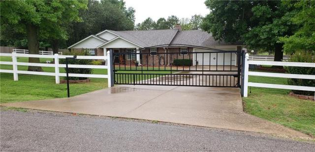 Property for sale at 876 Squirrel Court, Tuttle,  Oklahoma 73089