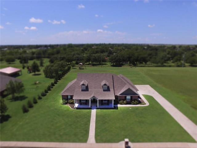 Property for sale at 445 Shirley Lane NE, Piedmont,  Oklahoma 73078