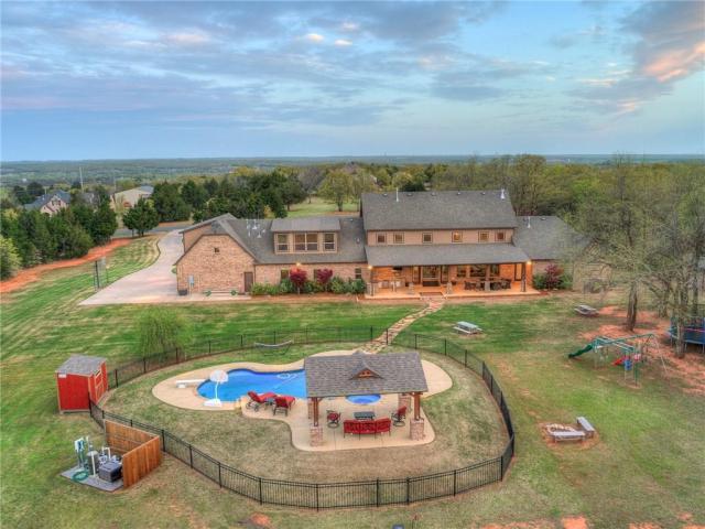 Property for sale at 11103 Riva Drive, Arcadia,  Oklahoma 73007