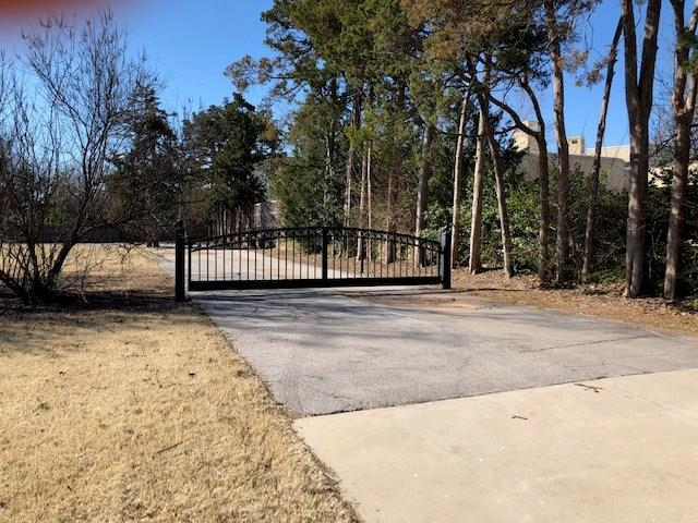 Property for sale at 1506 W Wilshire Boulevard, Nichols Hills,  Oklahoma 73116