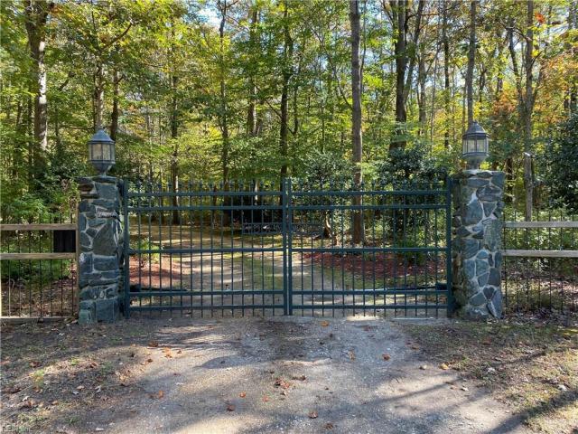 Property for sale at 909 Unicorn Trail, Chesapeake,  Virginia 23322