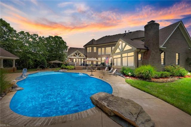 Property for sale at 340 Scone Castle Loop, Chesapeake,  Virginia 23322