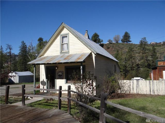 Property for sale at 131 Riverside Ave, Winthrop,  WA 98862