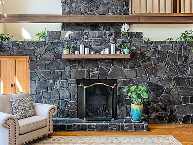 34614 mckenzie view dr springfield or