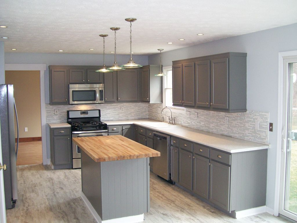 Best Kitchen Gallery: Kitchen With Flat Panel Cabi S Specialty Door In Westerville of Grey Flat Panel Kitchen Cabinets on cal-ite.com