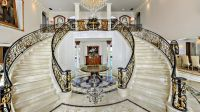 Traditional Staircase with High ceiling & Double staircase ...