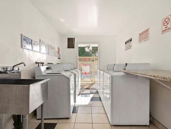 Studio Floorplan 700 N Wendy Dr Thousand Oaks Ca 91320