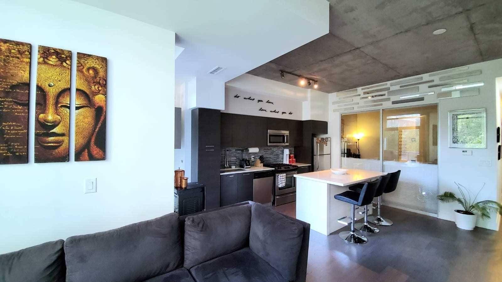 208 - 399 Adelaide Street Toronto Rent 3 800