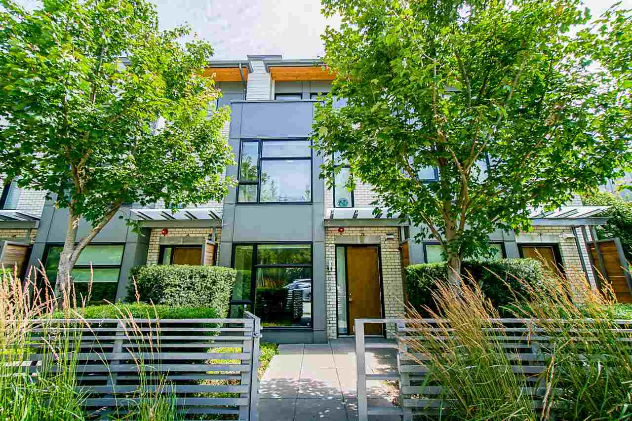 6088 Oak Street Vancouver For Sale 1 649 000 Zolo Ca