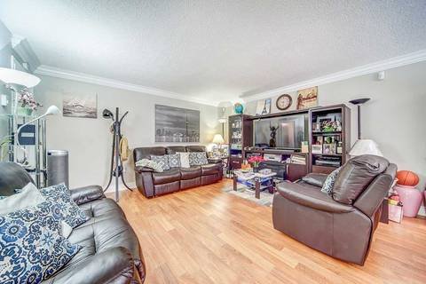 414 362 The East Mall Street Toronto For Sale