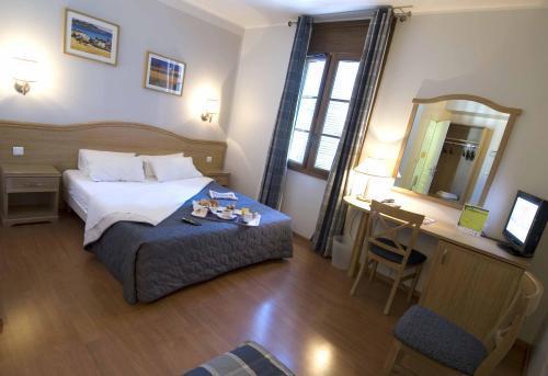 Hotel Grand Hotel De La Gare Toulon France Hotelsearch Com