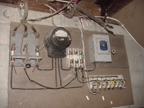 small resolution of antiquated wiring