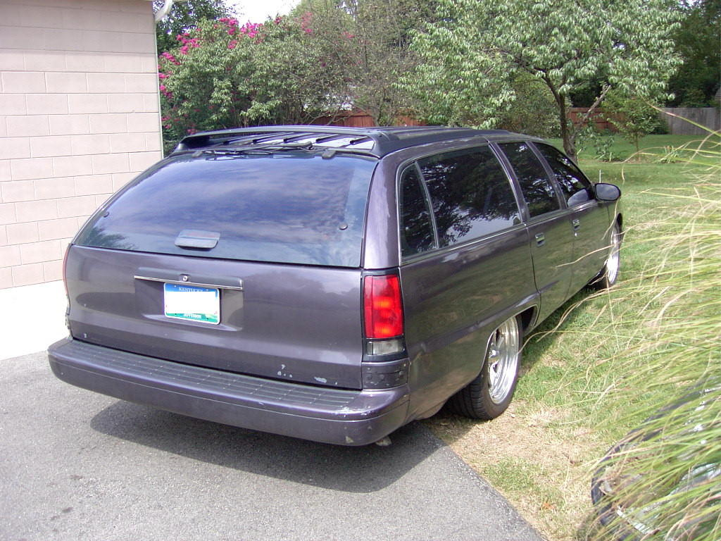 hight resolution of for sale 1995 chevrolet caprice classic station wagon lt1 v8 engine 4l6oe automatic overdrive transmission purple pearl metallic with grey interior