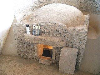 Mormântul celor patru martiri de la Niculiţel este în mod caracteristic un hipogeu, în continuitate cu întreaga tradiţie pan-mediteraneană.