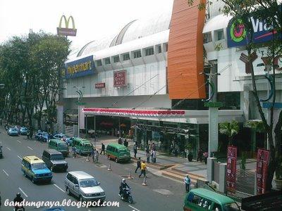 bandung indah plaza mall