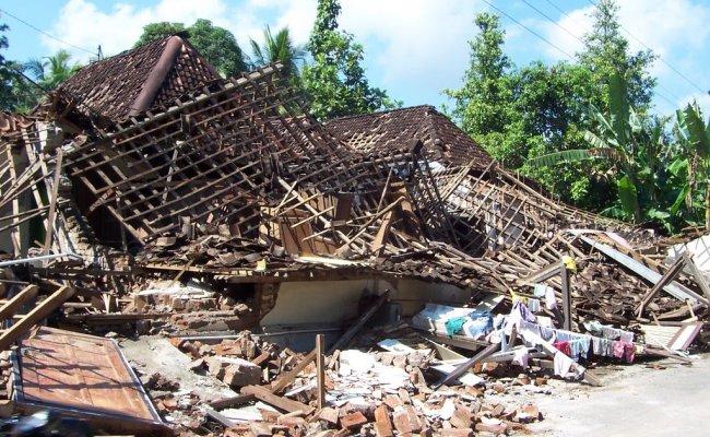 Gempa Jogja 27 Mei 2006