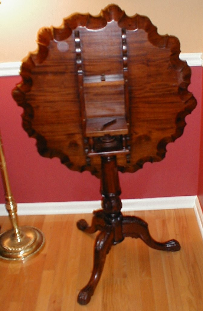 Patsbuys Chippendale  Georgian Bird Cage Tilt Top Table